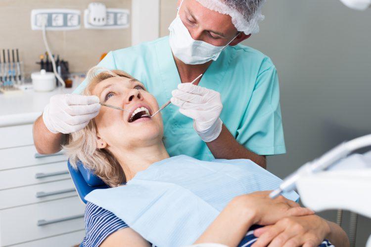 leczenie bezwiertłowe zębów