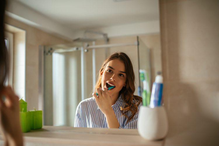 pasty do zębów i ich abrazyjne działanie